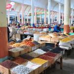 Auf dem Markt von Khujand